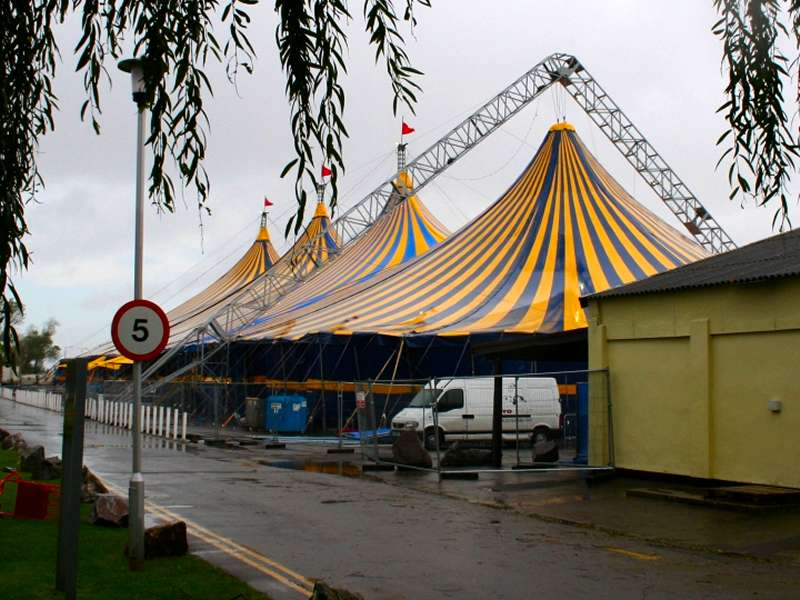 Rudi_Enos_Design_Mobile_Structures_Butlins_05.jpg